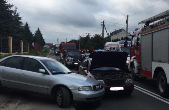 Zderzenie czterech samochodów w Humniskach